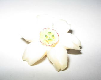1940s Small Flower Pin Brooch Vintage Costume Jewelry #568