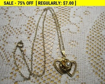 Vintage hearts and flower pendant necklace