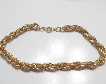 Vintage Gold Tone Swirly Links Charm Bracelet (634)