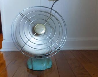 Vintage Turquoise Eskimo Table Top Or Wall Fan   Retro Electric Fan