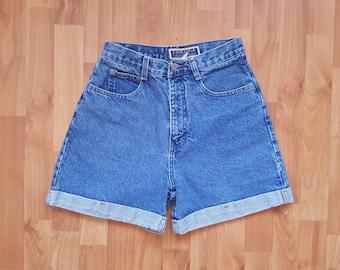 Exchange Denim shorts Waist 28 inches 90s High waisted shorts Denim High waisted shorts Vintage daisy dukes shorts Nr. 33