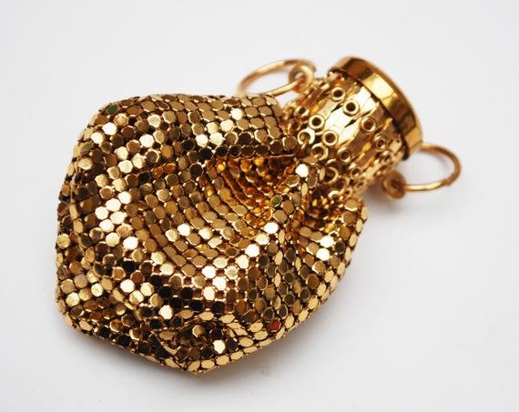 Gold Mesh Expandable Coin Pouch - Art Deco - coin purse - Accordion -beggars bag