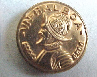 Antique Metal Picture Button - VN BALBOA Portrait Head Faux Panama Coin - Vintage Golden Picture Buttons