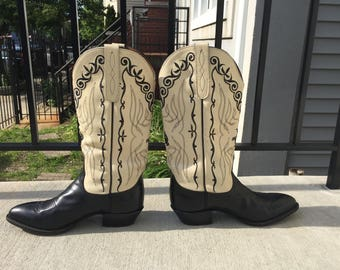Larry Mahan Tan and Black Cowboy Boots Size 8