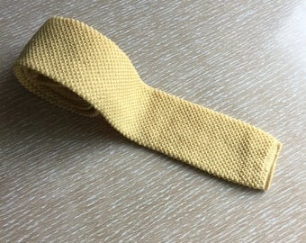 Vintage Soft Yellow Knit Wool Tie ~ John Frederics