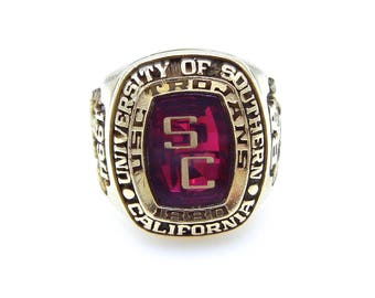 Vintage USC Ring - Trojans 1994 Large Class Ring - 10K Yellow Gold Red Sapphire - Man Ring - Heavy - Size 8.5 - Weight 18.9 Grams # 1290