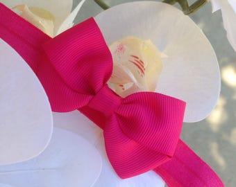 Baby hot pink bow headband for preemie