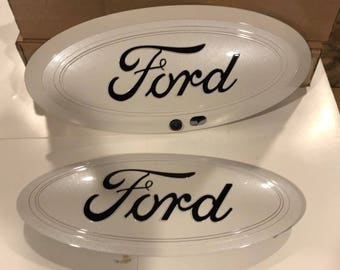 "2017-2018 Ford F-250, f-350 super duty oval emblem set,""Platinum white & Black logo"" grille + tailgate, other colors, camera type"