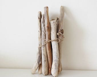 """13 Thick Driftwood Pieces -- Fine Quality Sea Wood Supply -- from 18 cm to 37 cm (8.1"""" to 14.6"""") -- For Macrame, Wovens, Door Handles"""