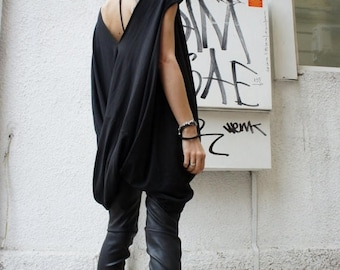 SALE Oversize Twisted Tunic Top/ Black Loose Dress- Tunic / Asymmetrical Top A02068
