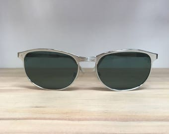 Silver or gold oval clubmaster vintage sunglasses