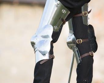 "Flexible Steel Leg Armor ""Errant Squire"""