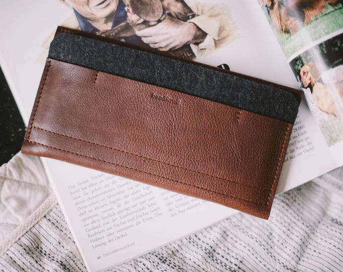 """iPhone 7 Case, iPhone 7 Sleeve, iPhone 7 Wallet, leather, wool felt, """"Carrier"""", suits iPhone 6, iPhone 6S, by band&roll"""