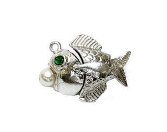 Sterling Silver Emerald Eyes Moving Fish Charm For Bracelets