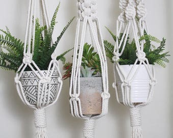 Macrame Plant hanger/Weaving/Tapestry/plant hanger/Macrame Decor/Wall Art/Wall Decor