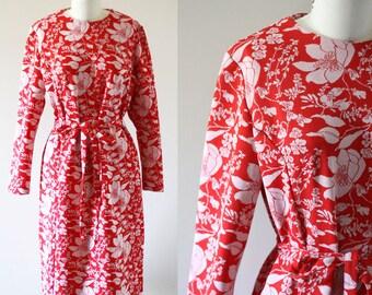 1970s Red Floral Dress // 1970s red dress // vintage dress