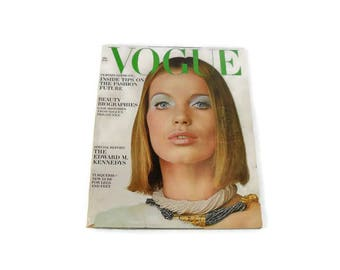 Vintage Vogue Magazine * July 1965 * Fashion Design * Edward Kennedy