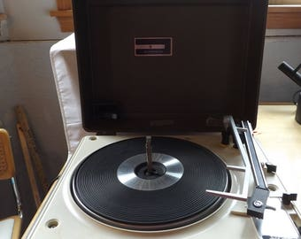 GE General Electric 3 Speed Record Player Phonograph