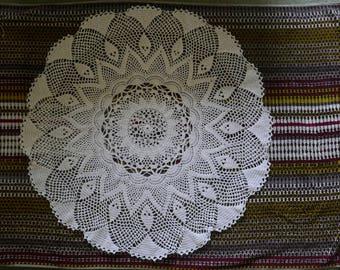 Tablecloth, crochet
