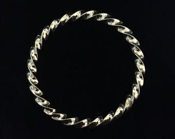 Vintage Heavy Gold Tone Twist Bangle (ABX1H)