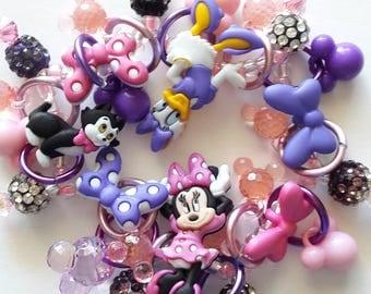 Minnie Mouse and Daisy Duck bracelet/Disney/Beadiebracelet