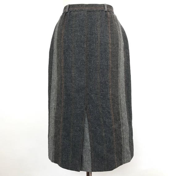 vintage straight skirt grey brown striped tweed traditional 1950s style twin peaks UK 10 80s does 40s look st michael