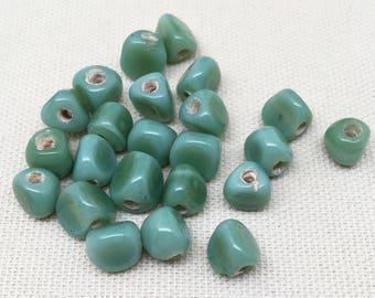 25 Vintage Handmade Green Glass Beads 8mm