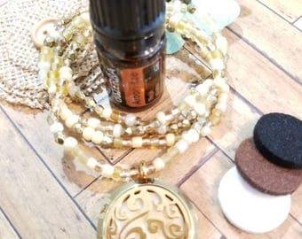 Beaded Aromatherapy Necklace, Oil Diffuser Necklace,Minimalist,Stretchy Essential Oil Locket,Beaded Jewelry, Handmde Custom Beaded Jewelry
