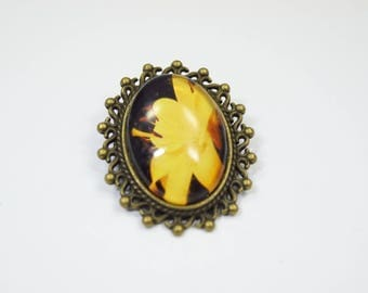 Brooch Flower Glass Metall