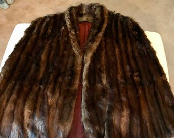 Details about  Vintage Stripling's Lined Fur Cape, Stole, Jacket, Wrap, Shawl or Coat