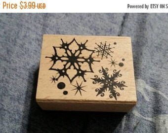 On Sale Never Used  Collectible Rubber  Stamp Snowflake  Card Making or Scrap Booking Holiday Design