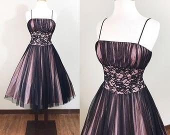 Vintage 1990s Dress / Prom Dress / Pink and Black / Lace / Tulle / 1950s style dress