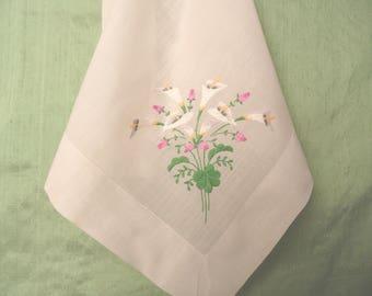 Calla Lily floral embroidered handkerchief /  vintage hankie