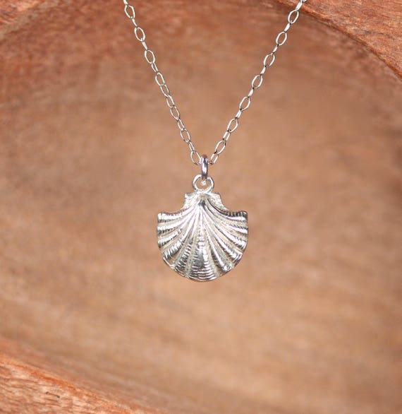 Shell necklace - scallop necklace - silver sea shell jewelry - beach jewelry
