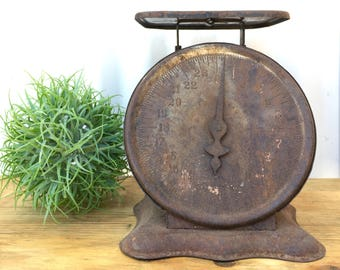 antique rusty farmhouse kitchen scale