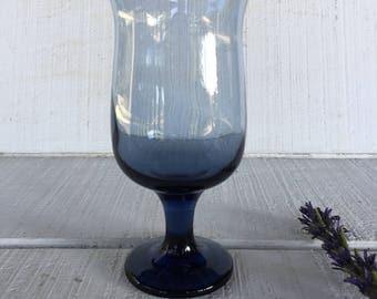 Vintage Blue Glassware, TULIP Dusky Blue water goblets vintage Libbey, cobalt blue wine glasses, retro crystal blue stemware, bar cart glass