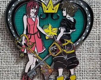 Kingdom hearts Sora and Kairi jumbo enamel pin*FLAWED