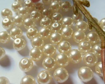 set of 20 round mother of Pearl look glass beads