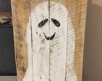 Rustic Ghost Artwork//READY TO SHIP//Halloween Decor//Kids Halloween Decor//Bathroom Decor//Ghost Wall Art//Handpainted Ghost//
