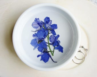 Blue Flower Ring Dish, Jewelry Dish, Pressed Flowers Ring Dish, Ceramic Dish, Ring Holder, Small Jewelry Organizer, Trinket Tray