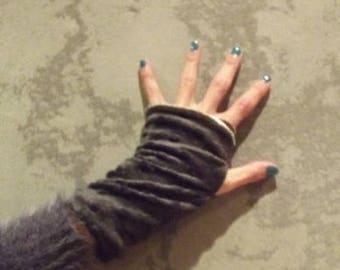Grey reversible mittens...