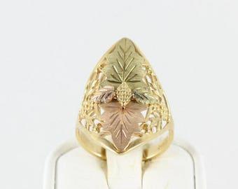 10k Black Hills Gold Ring Large Green and Rose Gold Leaf Design Band Ring Size 7 3/4