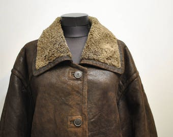 Vintage LAMBSKIN ORIGINAL SHEARLING women's long coat , women's winter parka...........(544)