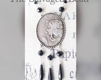 Vintage Art Nouveau Mucha Black Glass Pendant Necklace