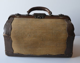 Antique Doctors bag, Leather with woven body and brass clasps