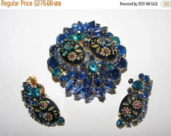 SALE 20% VINTAGE JULIANA Sapphire Blue Etched Flowers Multi-Dimensional Tiered Brooch,Earrings Beautiful! D5