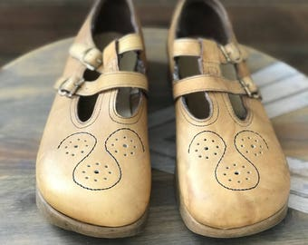 1970's Leather Mary Janes