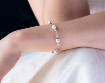 Pearl bridal bracelet, Swarovski crystal bracelet wedding, crystal and pearl bracelet bridal - Vita