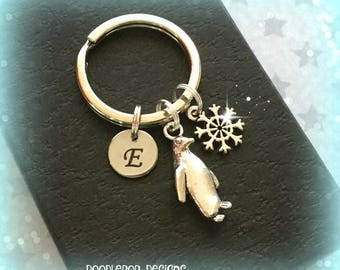 Initial penguin charm keyring - Penguin keychain - Penguin keyring - Personalised penguin gift - Secret Santa - Stocking filler - UK