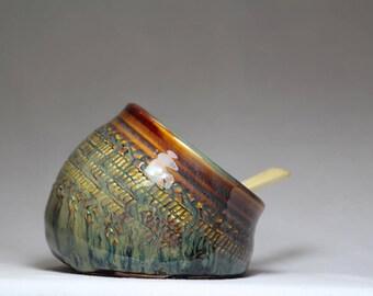 spice keeper or salt pig, pottery salt cellar